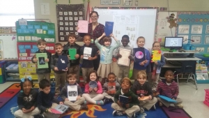 LHS Students make books for Kindergarten